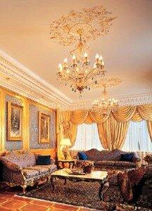 Ампир в дизайне гостиной 18 квадратов