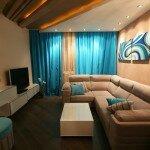 Дизайн гостиной 18 кв м с бирюзовыми акцентами