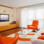 Дизайн оранжевой гостиной 18 кв м