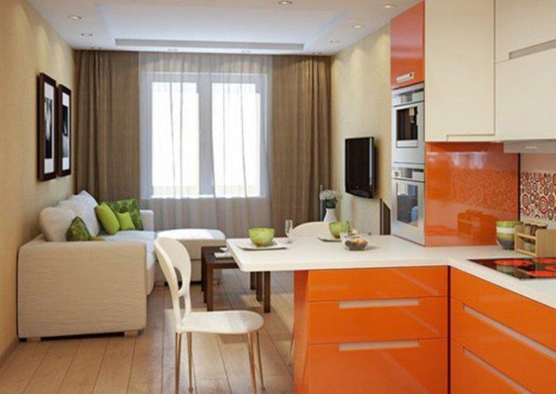 Оранжевая кухня с гостиной на 20 квадратах