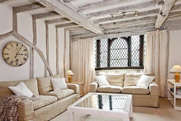 Оригинальный потолок в стиле прованс