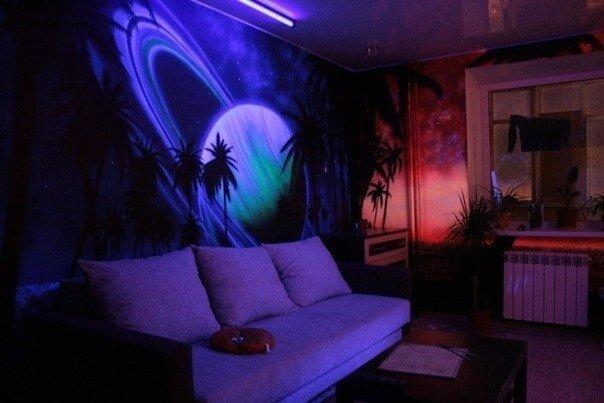 Флуоресцентные 3D обои в гостиной
