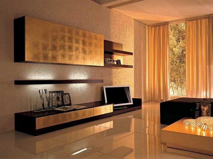 Плитка на полу в интерьере гостиной